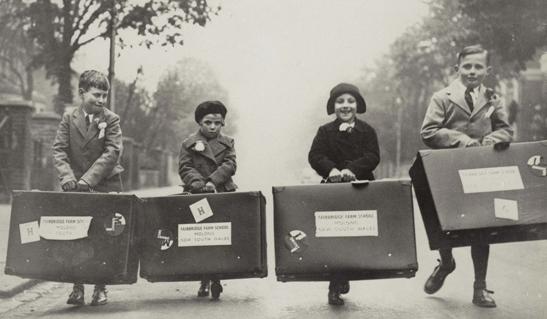 Temp_Exhibitions_-_Child_Migrants